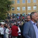 Jonas Sjöstedt framför publiken