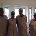 Mölndals sjukhus vårdklädda i motljus